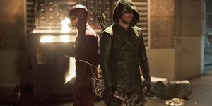 Flash contre Arrow