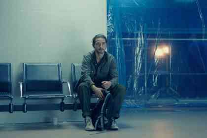 Charlie Countryman - Picture 2