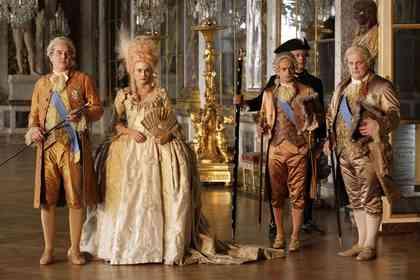 Les Adieux à la Reine - Picture 11