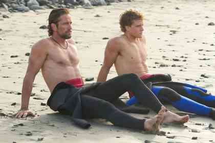 Chasing Mavericks - Picture 1