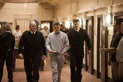 Starred Up - Picture 1