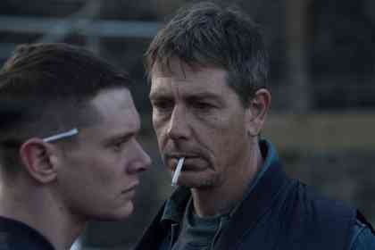 Starred Up - Picture 2