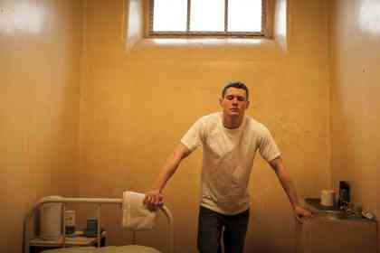 Starred Up - Picture 3