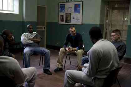 Starred Up - Picture 4