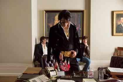 Elvis & Nixon - Picture 3