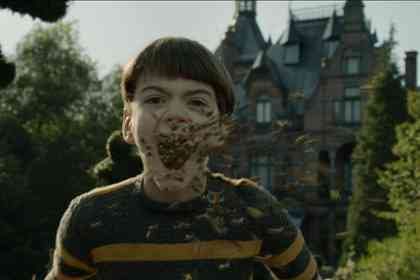 Miss Peregrine's Home for Peculiar Children - Picture 10