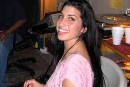 Amy - Picture 8