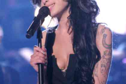 Amy - Picture 9