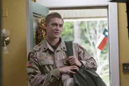 Billy Lynn's Long halftime walk - Picture 2