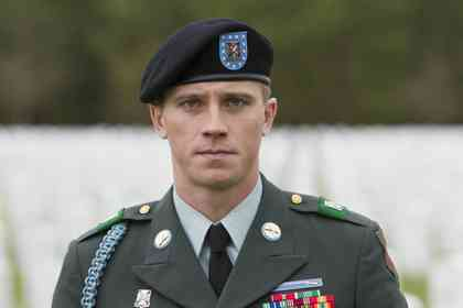 Billy Lynn's Long halftime walk - Picture 11