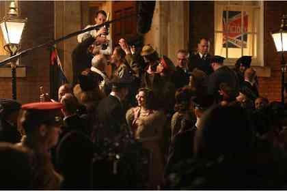 A Royal Night Out - Picture 7