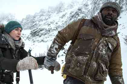 The Mountain Between Us - Picture 3