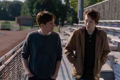 Louder than Bombs - Picture 3