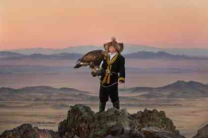 The Eagle Huntress - Picture 3