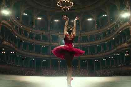Red Sparrow - Picture 2