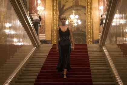 Red Sparrow - Picture 5