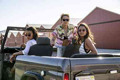 Charlie's Angels - Picture 1