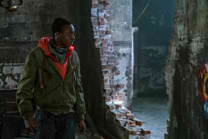Captive State - Picture 1