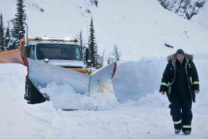 Cold Pursuit - Picture 1