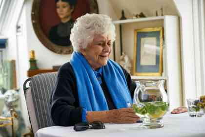 Tea with the Dames - Picture 1