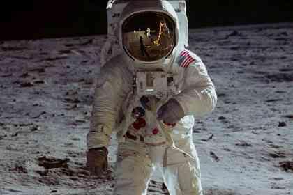 Apollo 11 - Picture 2