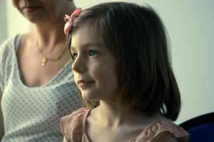 Petite fille - Picture 1