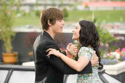 High School Musical 3 - Picture 2