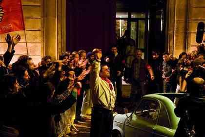 Coluche : l'Histoire d'un Mec - Picture 2