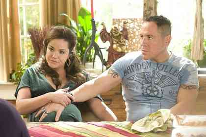 Four Christmases - Picture 2
