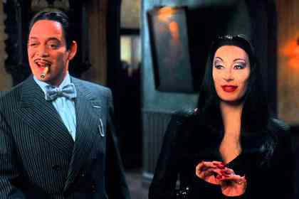 Addams Family Values - Picture 1