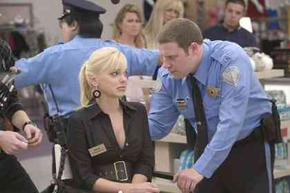 Observe and Report - Picture 1