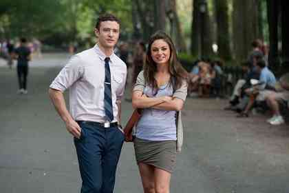Friends With Benefits - Picture 2