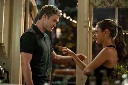 Friends With Benefits - Picture 6