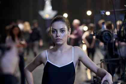 Black Swan - Picture 10