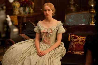 The Invisible Woman - Photo 3