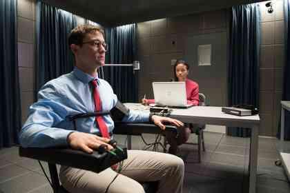 Snowden - Photo 1