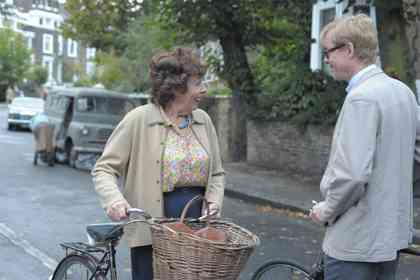 The lady in the van - Photo 6