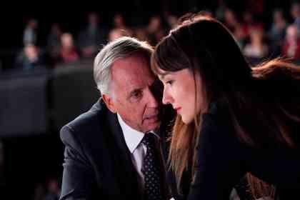 Alice et le Maire - Photo 2