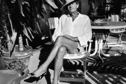 Helmut Newton : The Bad and The Beautiful - Photo 2