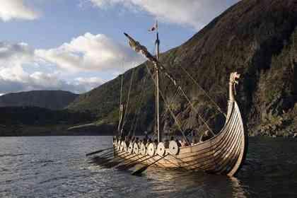 Outlander - Photo 1