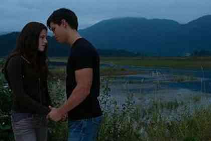Twilight - Chapitre 3 : hésitation - Photo 3