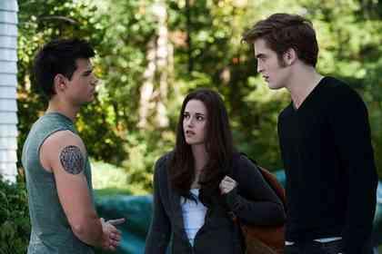 Twilight - Chapitre 3 : hésitation - Photo 4
