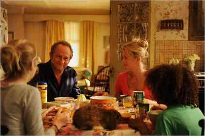 Une Famille à louer - Foto 12