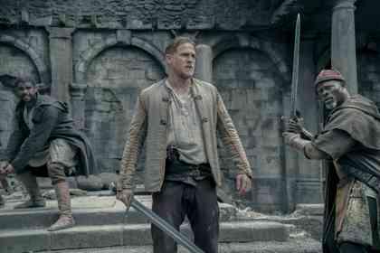 King Arthur: Legend of the Sword - Foto 21