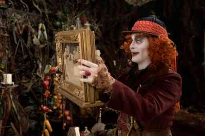 Alice Through the Looking Glass - Foto 3