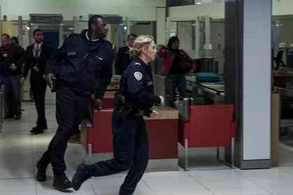 Police - Foto 4