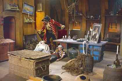 Piet Piraat en de Betoverde Kroon - Foto 1