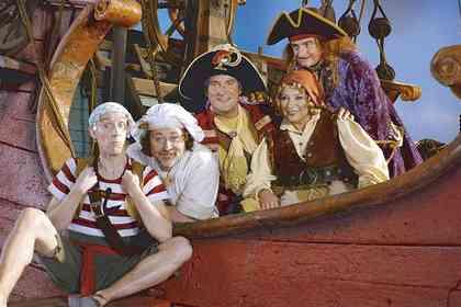 Piet Piraat en de Betoverde Kroon - Foto 3