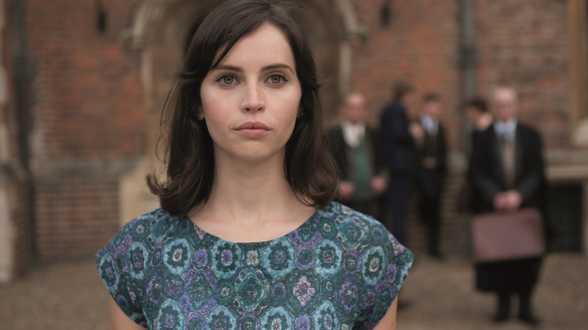 Felicity Jones sera l'héroïne du spin-off de Star Wars - Actu