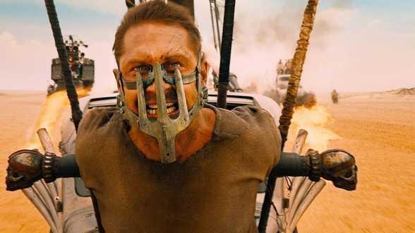 Mad Max : Fury Road, Un peu, beaucoup, aveuglément, La tête haute ... Votre Cinereview ! - Actu